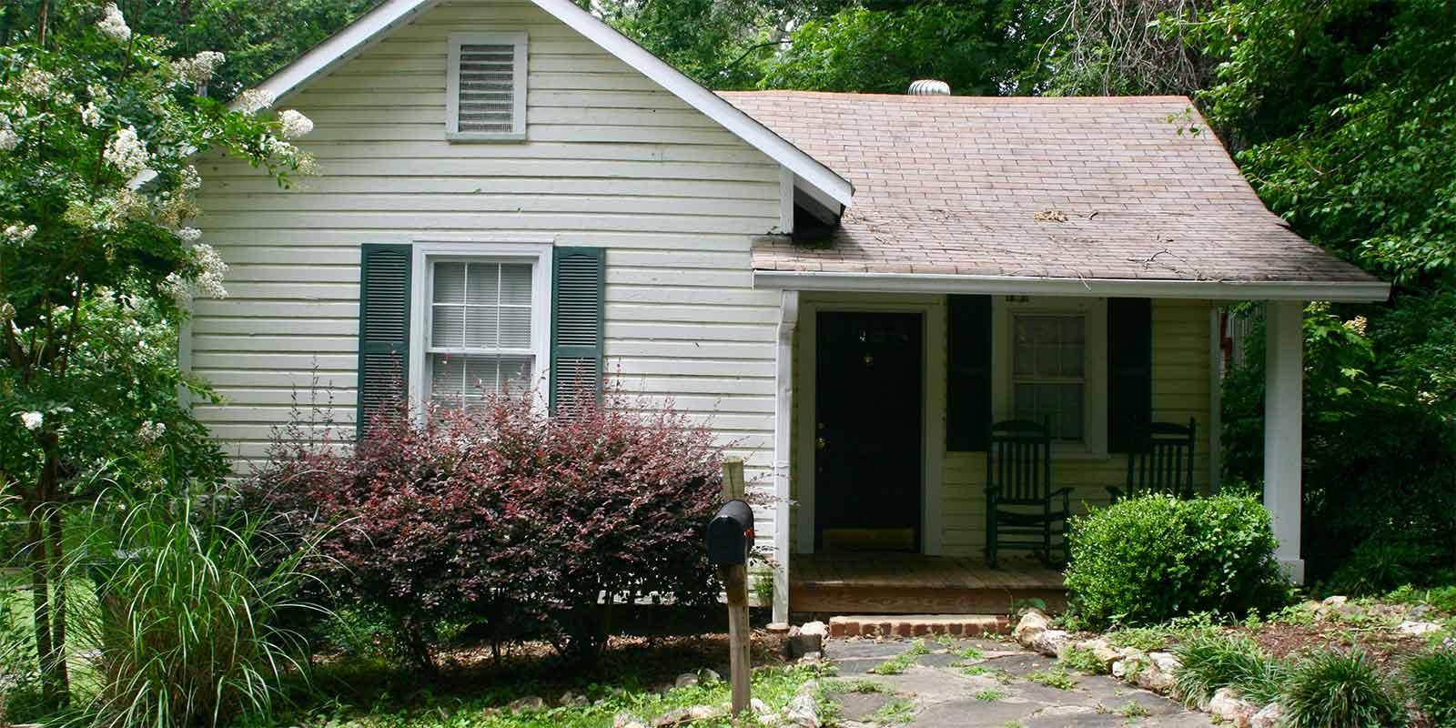 425 E 10th Street, Rome, Georgia 30161, 2 Bedrooms Bedrooms, ,1 BathroomBathrooms,House,Rental,10th Street,1040